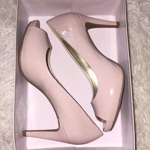 🌻 Bandolino open toes heels